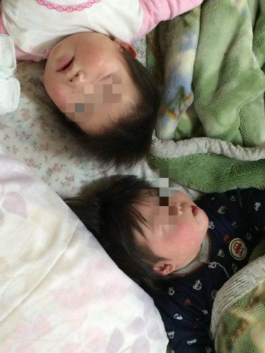 9ヶ月の双子